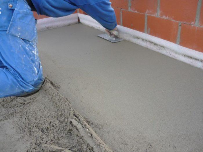 Устройство стяжки пола как необходимый этап в ремонте квартир