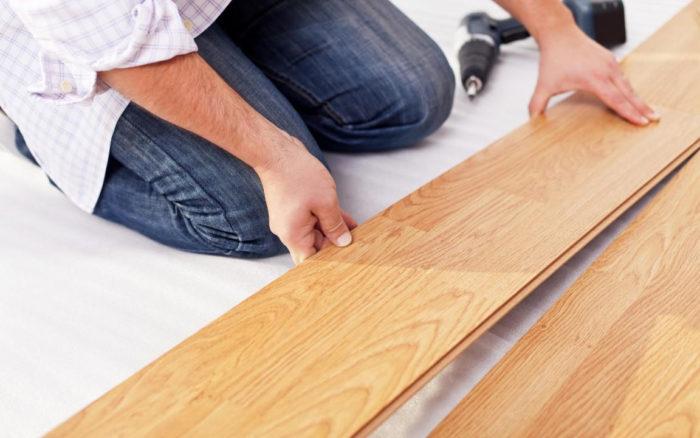 Узнайте как укласть ламинат своими руками в квартире, коттедже, доме